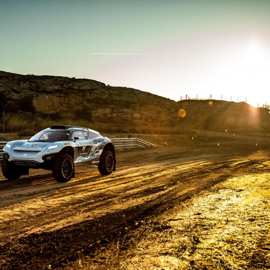|Photographer: Eder Fernandez|Event: Preseason Testing|Circuit: MotorLand Aragon|Location: Alcaniz|Series: Extreme E|Country: Spain|Season: 2020|Keyword: 2020|Team: ABT Cupra XE|Car: Spark ODYSSEY 21|Driver: Mattias Ekstrom|Driver: Claudia Huertgen|