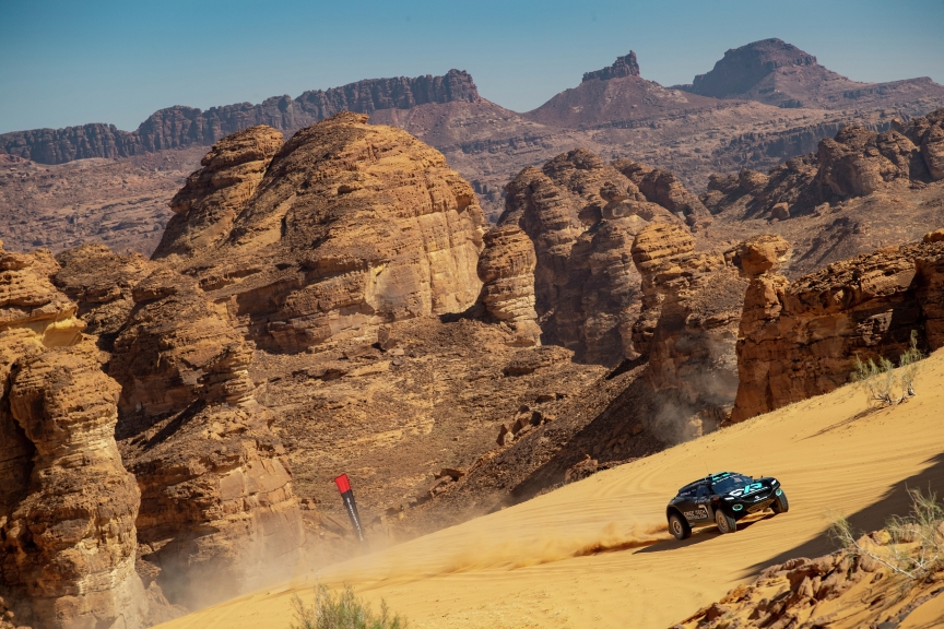 ALULA, SAUDI ARABIA - APRIL 03: Molly Taylor (AUS)/Johan Kristoffersson (SWE), Rosberg X Racing during the Desert X-Prix at AlUla on April 03, 2021 in AlUla, Saudi Arabia. (Photo by Colin McMaster / LAT Images)
